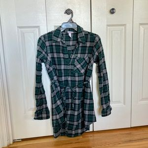 Long-sleeve flannel maternity top